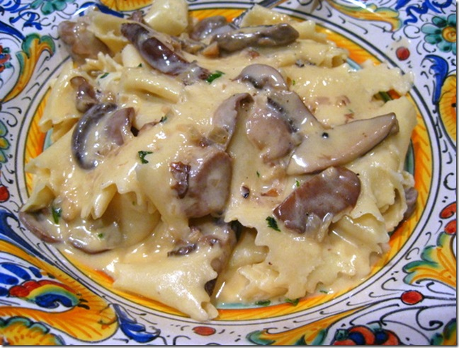 Pappardelle With Mushrooms And Truffle Cream Sauce