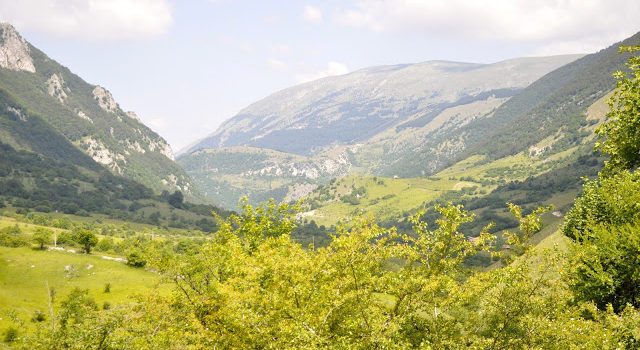 Three Days, 525 Sheep And A Hike Through The Apennines