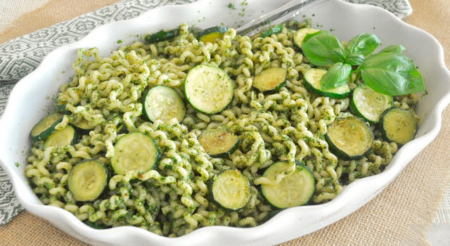 Pasta With Basil Pesto And Zucchini