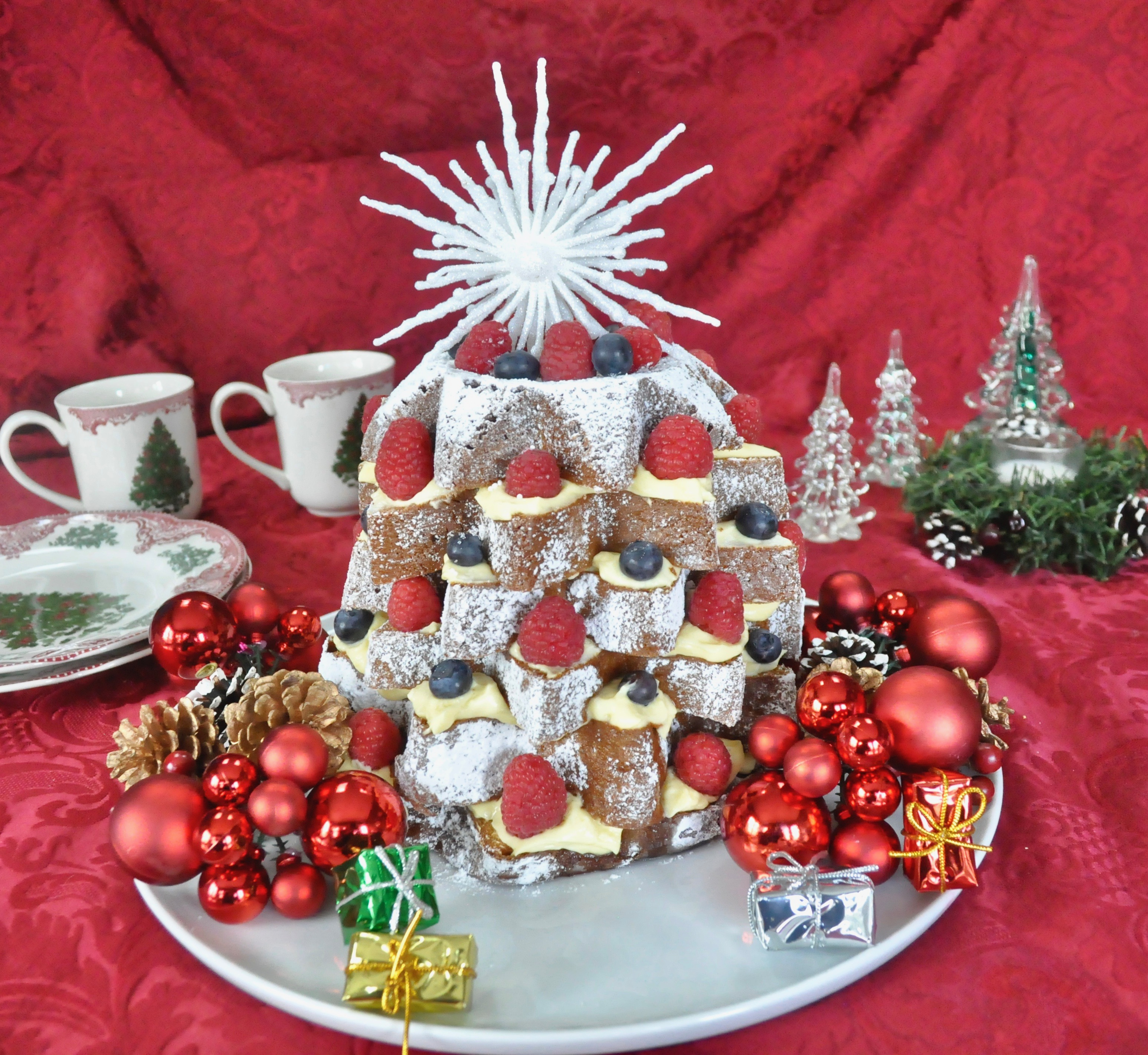 """Easy And Delicious Pandoro """"Christmas Tree"""""""