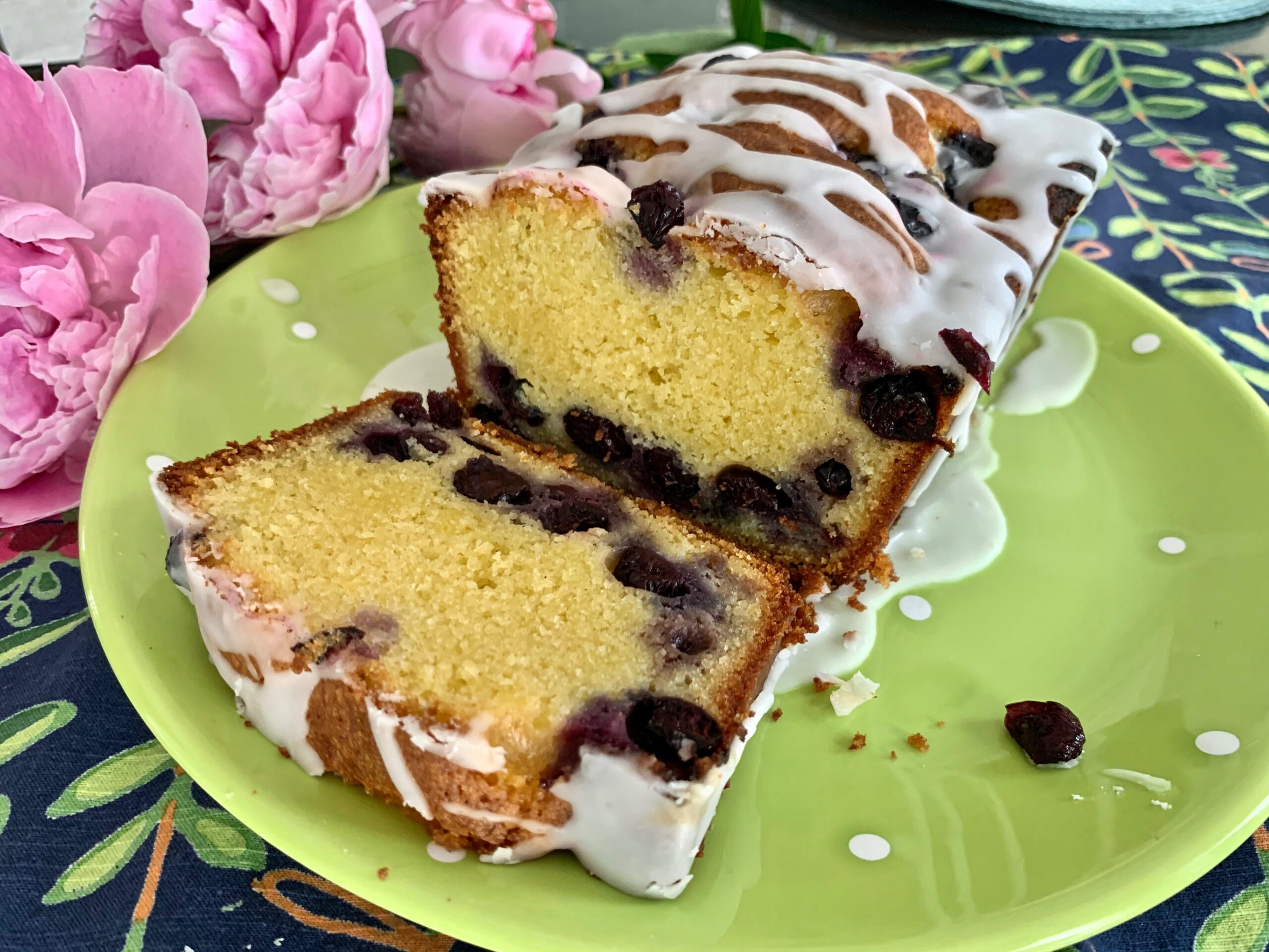 Ottolenghi's Blueberry, Almond And Lemon Cake