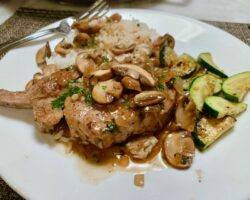 Pork Chops In A White Wine-mushroom Sauce